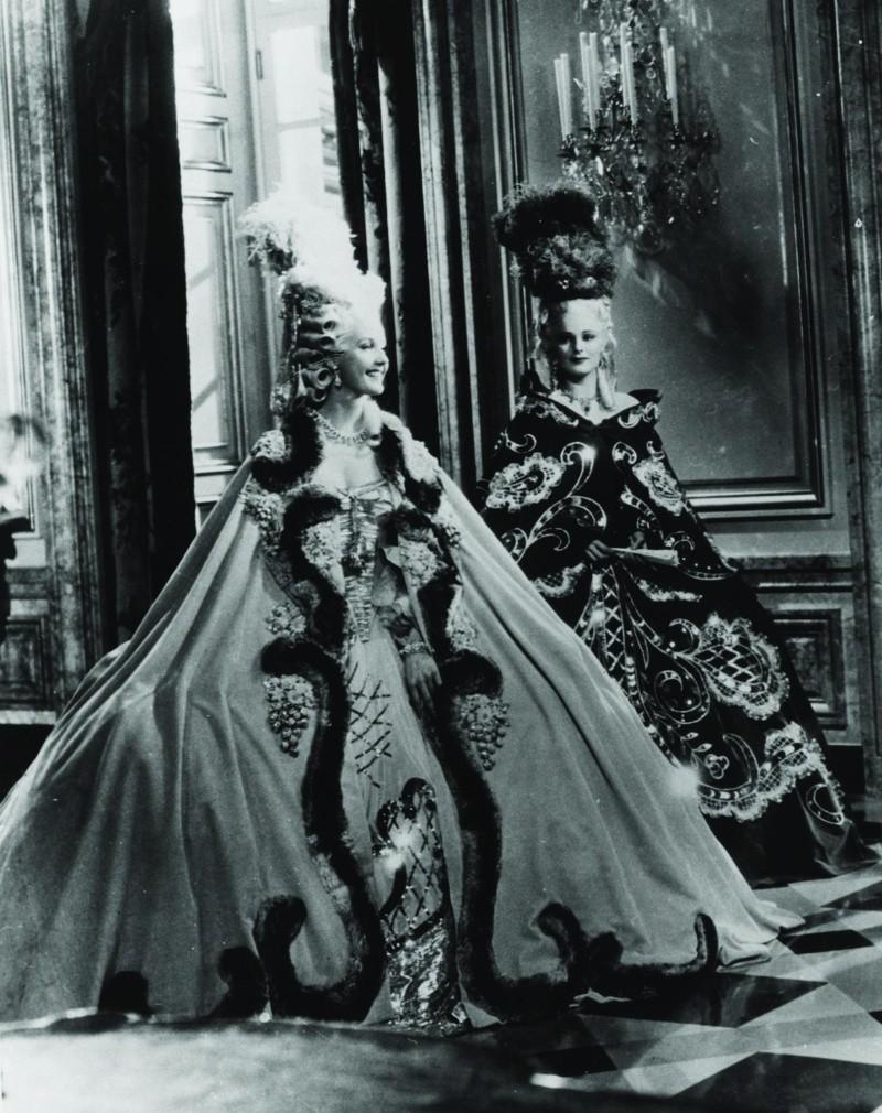 Marie-Antoinette à travers le cinéma - Page 3 Still-10
