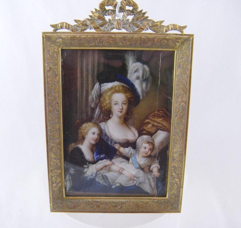 Déclinaisons faites d'après le portrait de Marie Antoinette et ses enfants de Vigée Lebrun Tumbl102