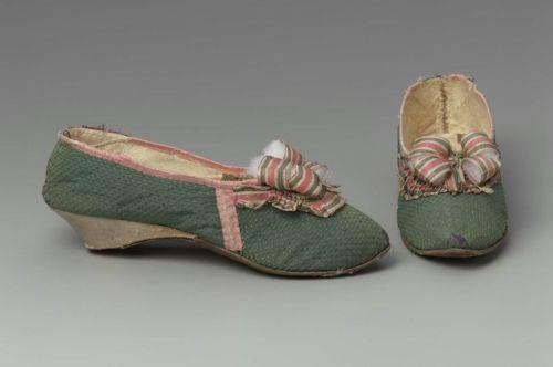 Les chaussures du XVIIIe siècle Tumblr43