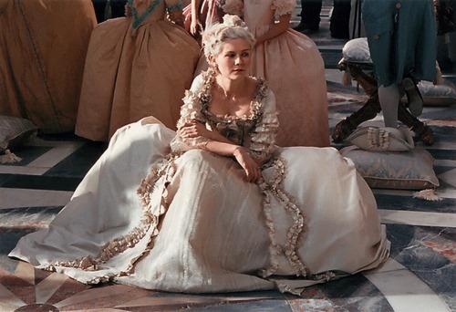 Que penser du Marie Antoinette de Sofia Coppola? - Page 4 Tumblr57