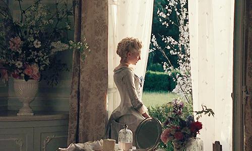 Que penser du Marie Antoinette de Sofia Coppola? - Page 4 Tumblr77