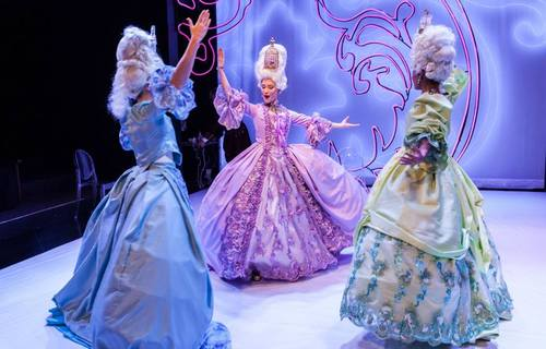 """Marie Antoinette"" de David Adjimi au Stages Repertory Theatre (Houston, Texas) Tumblr84"