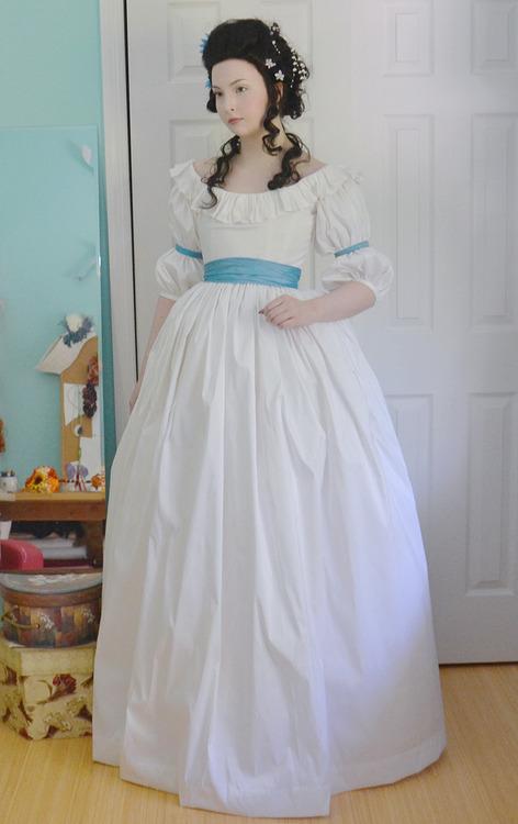 Pour les fans de costumes XVIIIe - Page 40 Tumblr92