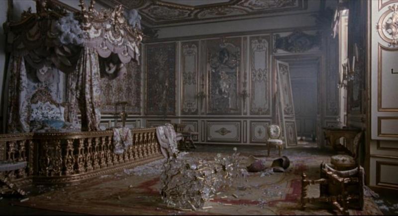 Marie Antoinette avec Kirsten Dunst (Sofia Coppola) Yuj10