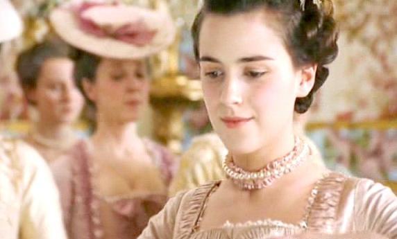 Marie Antoinette avec Kirsten Dunst (Sofia Coppola) Zpr10