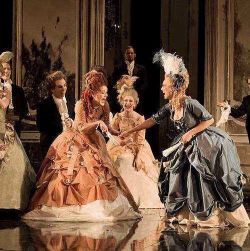 """Marie Antoinette"" de David Adjimi au Stages Repertory Theatre (Houston, Texas) Zrep10"