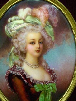 Marie Antoinette, portraits d'après Elisabeth Vigée Lebrun  - Page 3 Zroe10