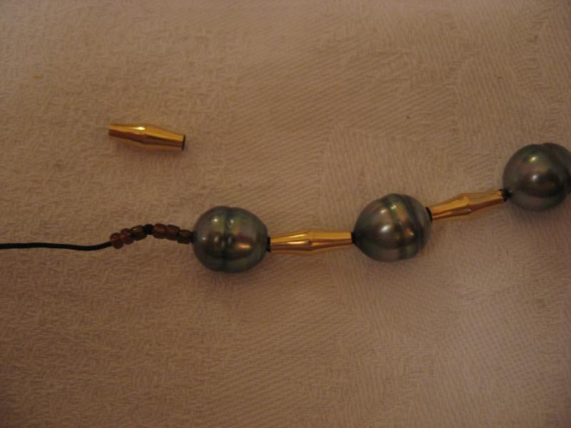 Collier perles de tahiti et or monté sur cable...qui casse...et recasse. Help! - Page 2 53_le_10