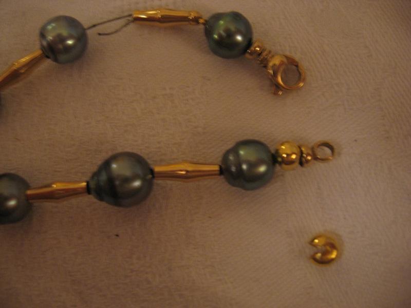 Collier perles de tahiti et or monté sur cable...qui casse...et recasse. Help! - Page 2 53_le_11