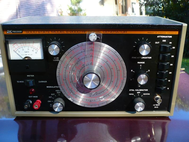 B+K E200D Signal Generator P1000523