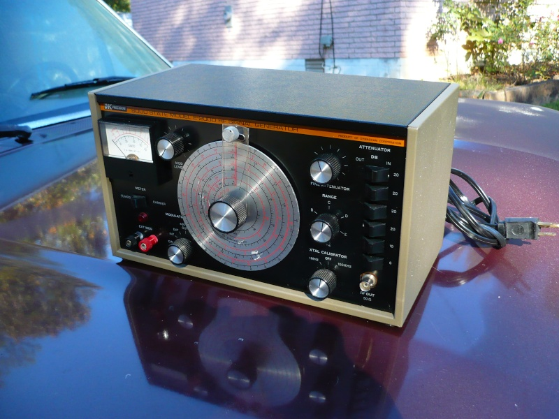 B+K E200D Signal Generator P1000524