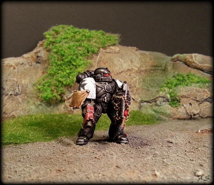 "Ehrwürdiger ""Black Templar"" Cybot *Loro*  K800_231"