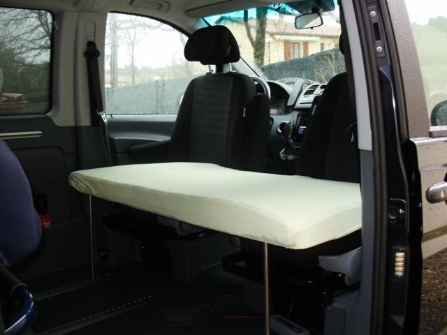 Couchage supplémentaire sur sièges avant P3260011