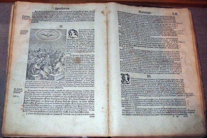 *Pourquoi le latin est-il la langue officielle du Vatican * Livre_10