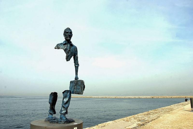 24 statues incroyablement créatives autour du monde 1357