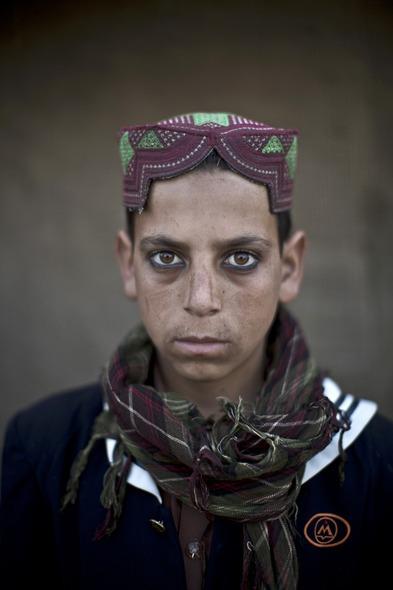 Des Portraits Saisissants d'Enfants Réfugiés Afghans 812