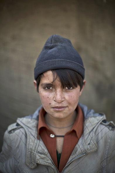 Des Portraits Saisissants d'Enfants Réfugiés Afghans 822