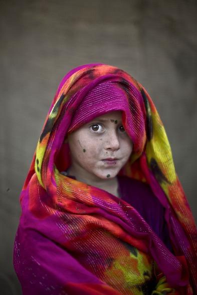 Des Portraits Saisissants d'Enfants Réfugiés Afghans 825