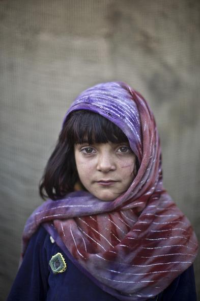 Des Portraits Saisissants d'Enfants Réfugiés Afghans 826