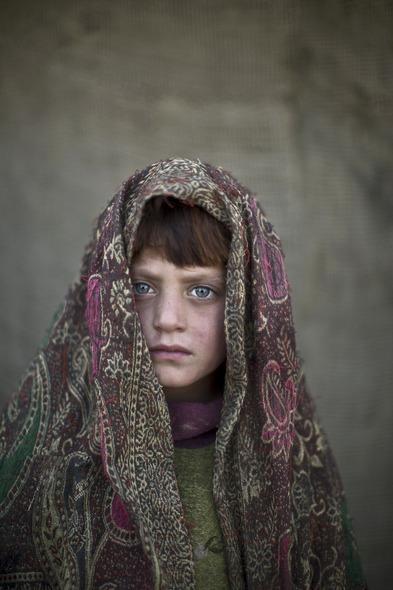Des Portraits Saisissants d'Enfants Réfugiés Afghans 827