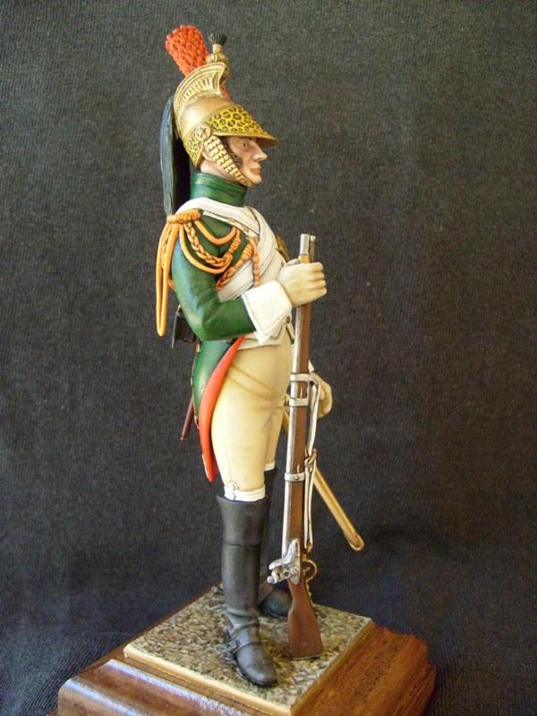 vitrine birdy131 (Ier empire 54 et 90 mm & 14/18 ) Officier de la Jeune Garde (MM) - Page 3 S7301919