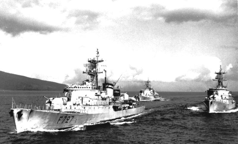 Recherche camarades campagne 74/75 à bord de l'AE Amiral Charner Divapa10