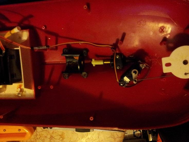 Fertigmodell umbauen auf RC Boot111