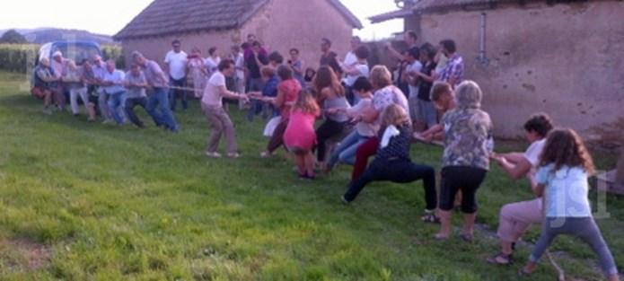 Succès pour la garden-party des voisins Epreuv10