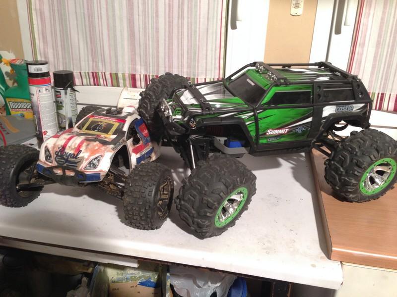 Mon nouveau jouet : Traxxas Summit 1/8 - réglé et prêt à rouler - Page 2 Summit22