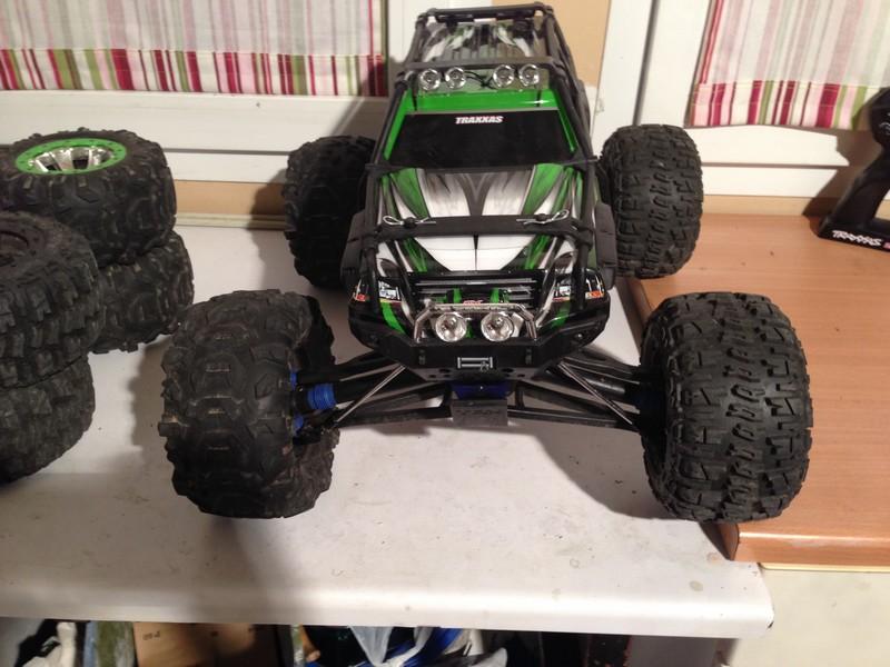 Mon nouveau jouet : Traxxas Summit 1/8 - réglé et prêt à rouler - Page 2 Summit23