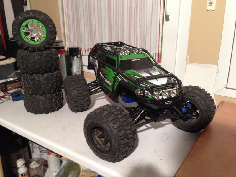 Mon nouveau jouet : Traxxas Summit 1/8 - réglé et prêt à rouler - Page 2 Summit24
