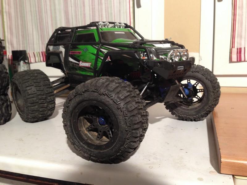 Mon nouveau jouet : Traxxas Summit 1/8 - réglé et prêt à rouler - Page 2 Summit25