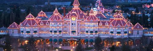 Je suis actuellement à Disneyland! Split_10