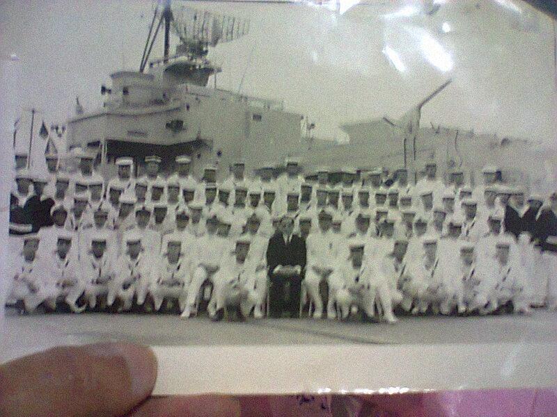 Vous les  connaissez peut etre 'anciens marine royale' Freg_110
