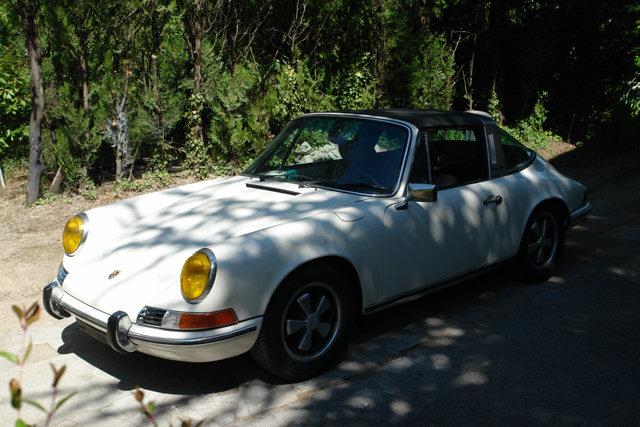 Restauration Porsche 911 targa 1972 - Page 30 Dsc05228