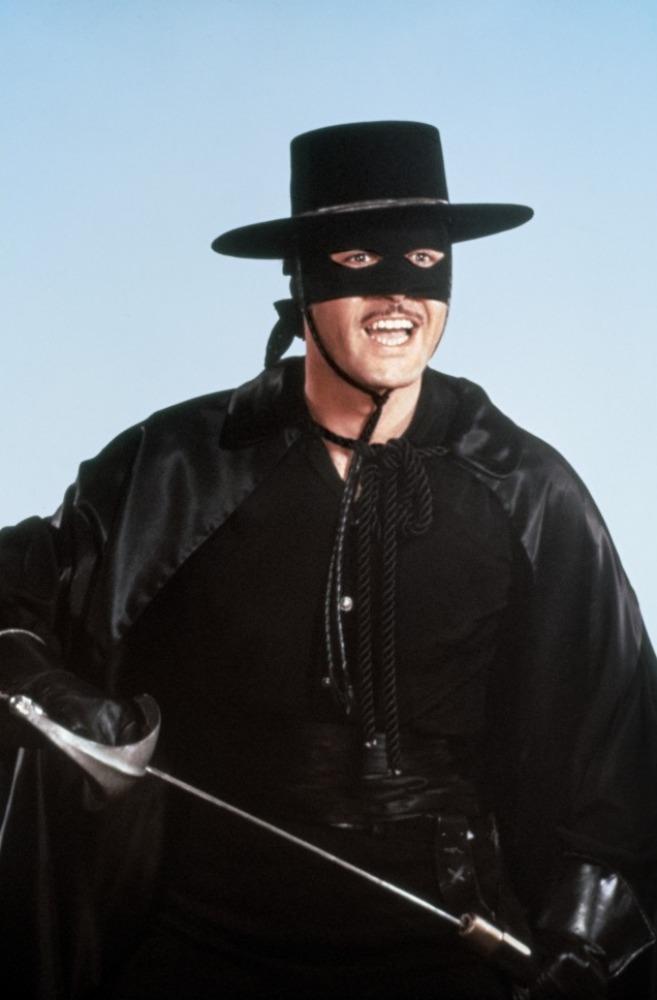 Qui veut Gagner des Jungle Points ? - Page 2 Zorro-10
