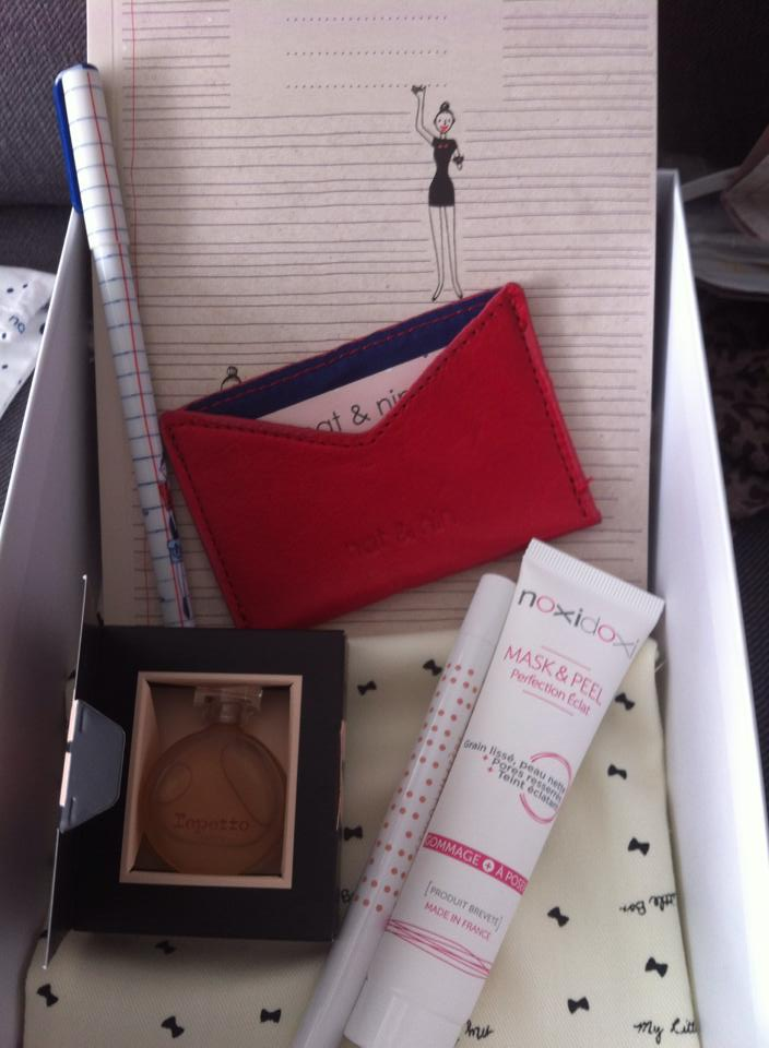 "[Septembre 2014] My Little Box ""School Box"" - Page 8 Septem10"
