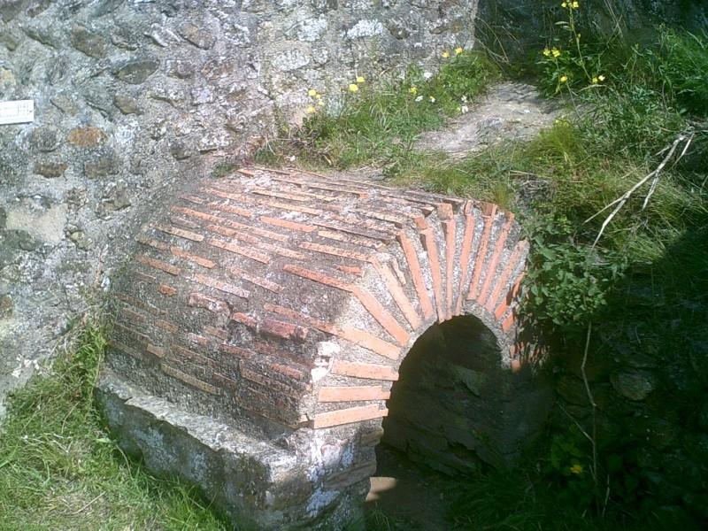 visite des thermes gallo-romaines de Plestin les grèves Dscf0219