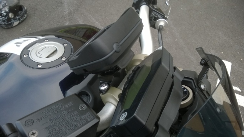 Support GPS Tomtom Rider / Fixation au compteur Wp_20121
