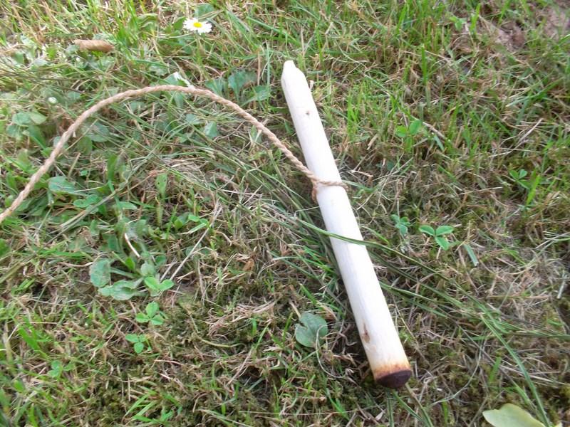 Collet primitif avec boucle fixe en liber de tilleul Sam_3813