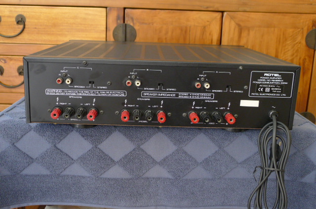 rotel six channel power amplifier rb 956ax used sold. Black Bedroom Furniture Sets. Home Design Ideas