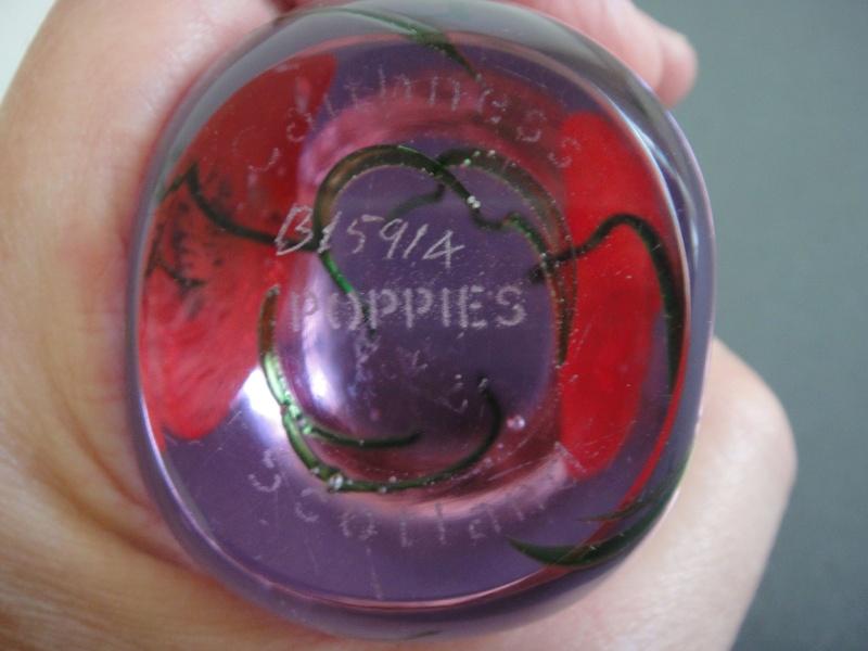 Caithness Poppies Paperweight Dsc07810