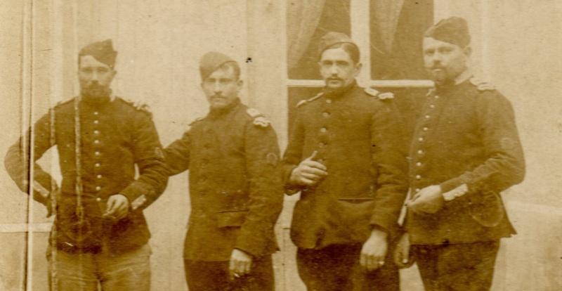 De quel corps sont ces soldats ? Img30711