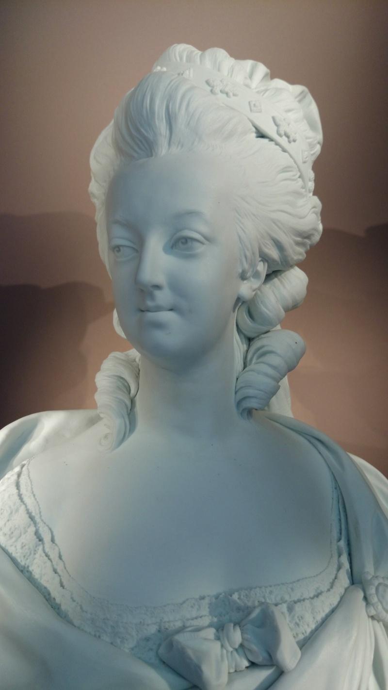 Marie Antoinette, par (et d'après) Louis-Simon Boizot Img_2033