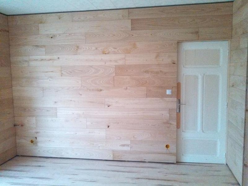 Travaux (TERMINÉS !) : Habillage d'un salon en bois massif Img_2027