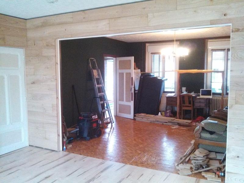 Travaux (TERMINÉS !) : Habillage d'un salon en bois massif Img_2028