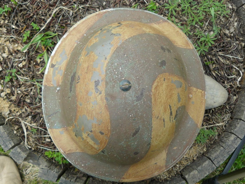 Lets see your favorite worn Canadian/Commonwealth helmets with nice aged patina Pictur19