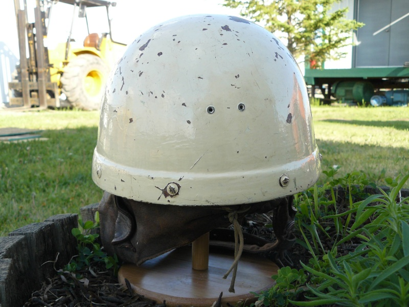 Canadian first pattern fiber Dispatch Rider helmet flashed to the Military Police Pictur31