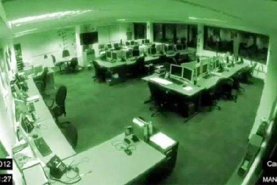Fantasma en una oficina de Honduras a las 3 de la madrugada F2_110