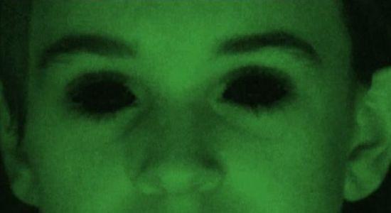 Aparición de la niña de ojos negros en Cannock Chase, Inglaterra después de 30 años On4_110
